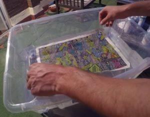 Lámida de hidroimpresión sobre el agua